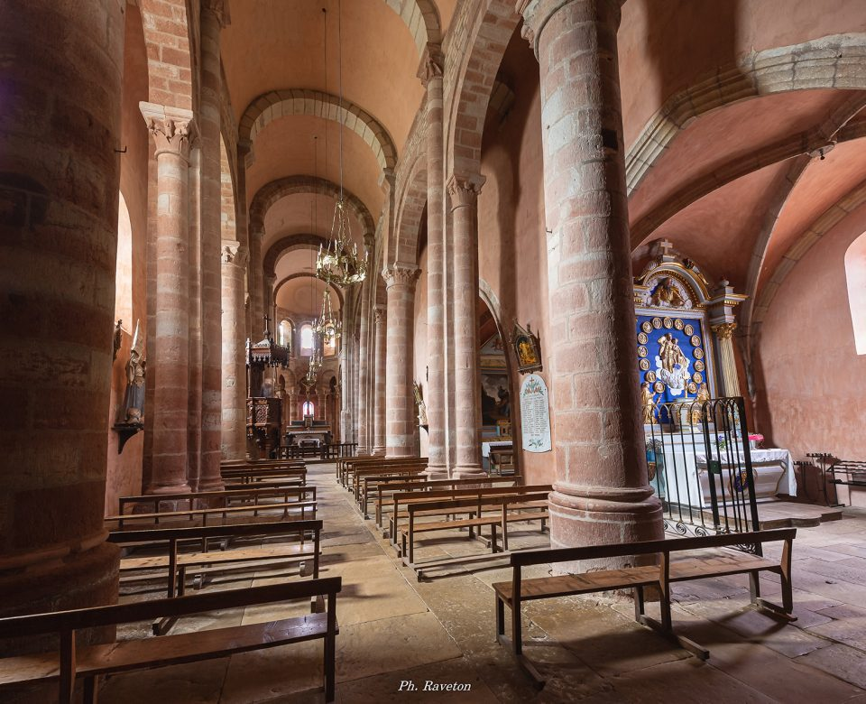 Intérieur de L'Eglise Sainte Fauste